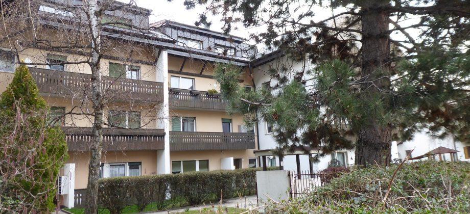 Sterzing: Zweizimmerwohnung mit Terrasse  und Parkplatz