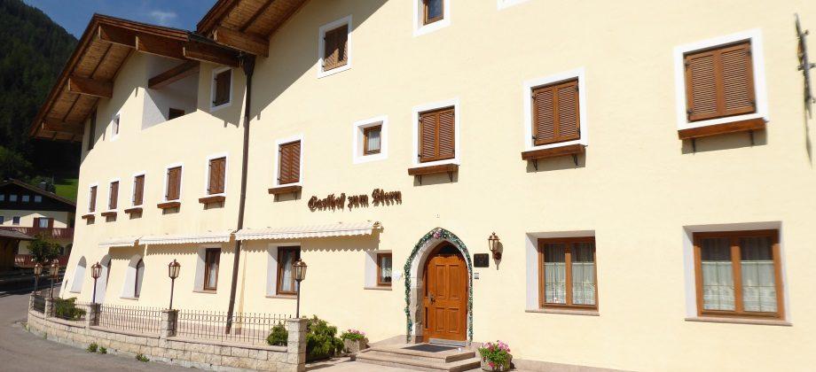 Mareit: Gasthof im Ortskern